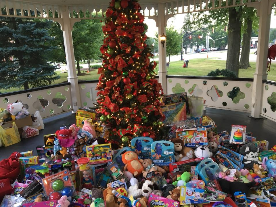 Christmas in july gazebo full